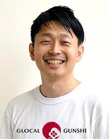 吉井慎人氏